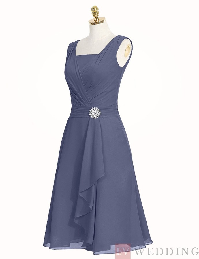 Fashion A-Line Square Neck Knee Length Lavender Bridesmaid Dress With Beading