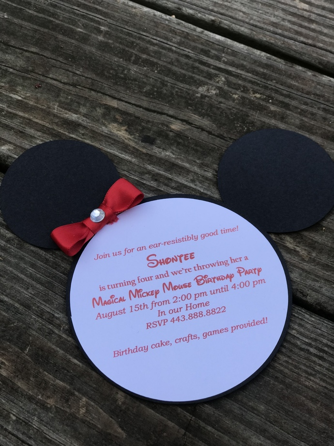 Minnie Mouse Invitations Set / Birthday / Shower
