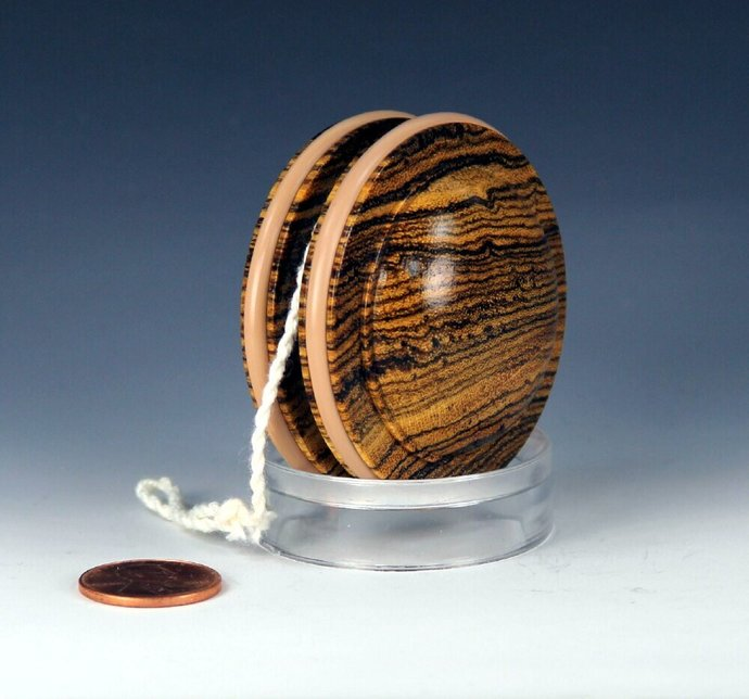 Handmade Old-School Satellite Yo-Yo, lathe turned from Mexican Bocote Wood