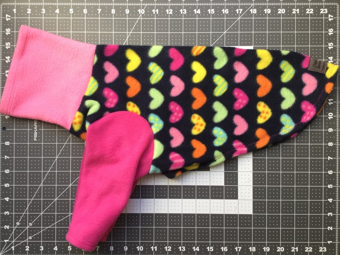 LARGE 2 LEG FLEECE HEARTS ON DARK NAVY WITH PINK LEGS AND TURTLENECK