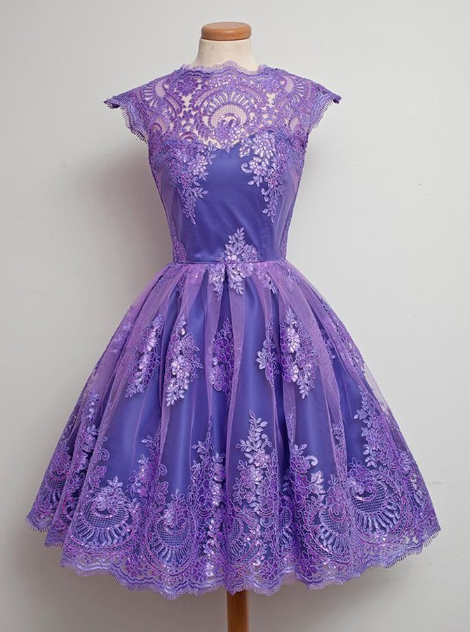 Glamorous A-Line Jewel Cap Sleeves Grape Tulle Homecoming Dress with Appliques