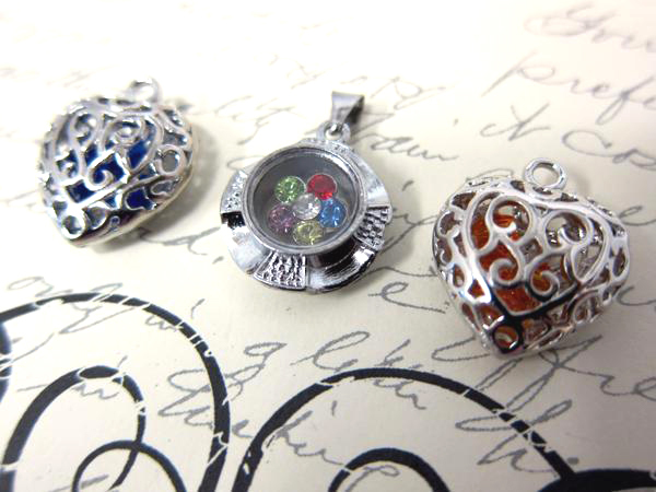 3pcs Floating Pendant & Charm Set