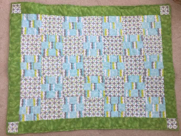 Little Birdie Blue Single Irish Chain Flannel Quilt