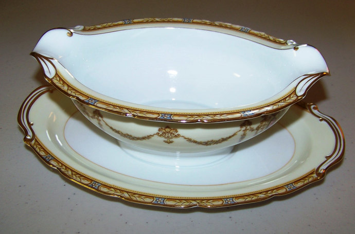 Noritake Valdina 1933 Gravy Boat With Attached Under Plate