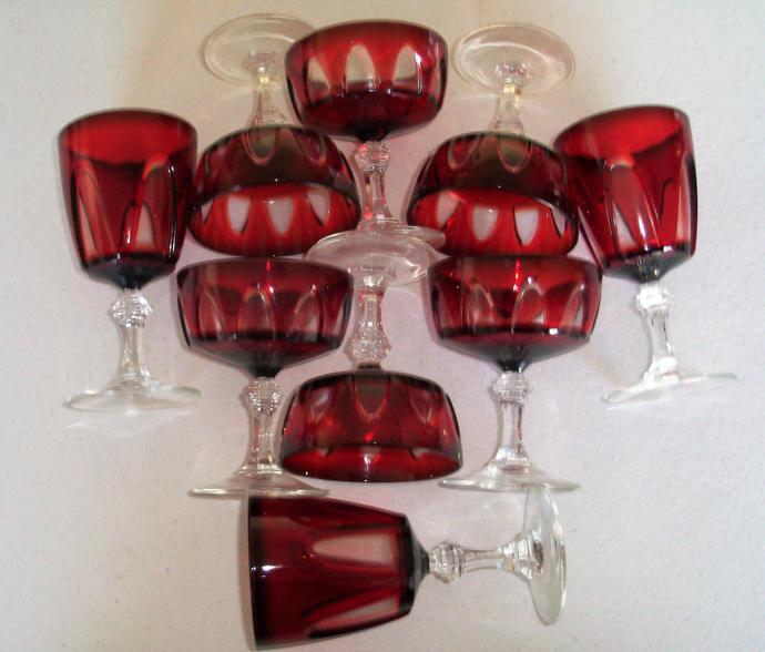 Arcoroc France Ruby Glass Gothic 9 Glasses