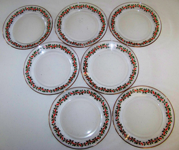 Arcoroc Christmas Holly & Red Ribbon Set Of Seven Plates