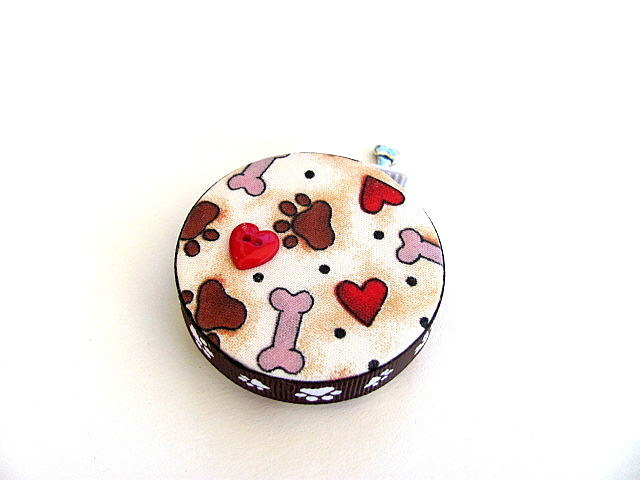 Measuring Tape with Hearts and Dog Bones Retractable Tape Measure