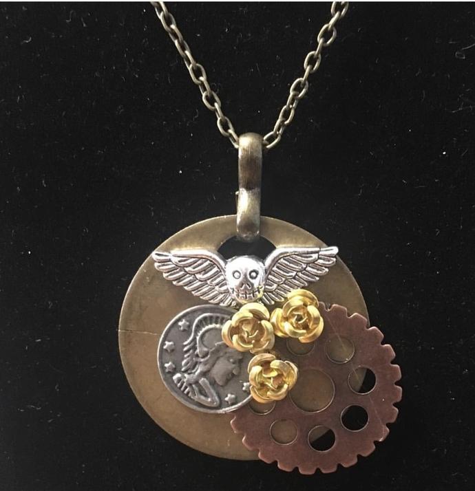 Gather Ye Rosebuds necklace