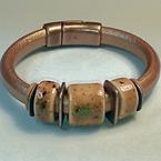 Featured item detail a0b589ec de22 4643 8aff 94b993984d17