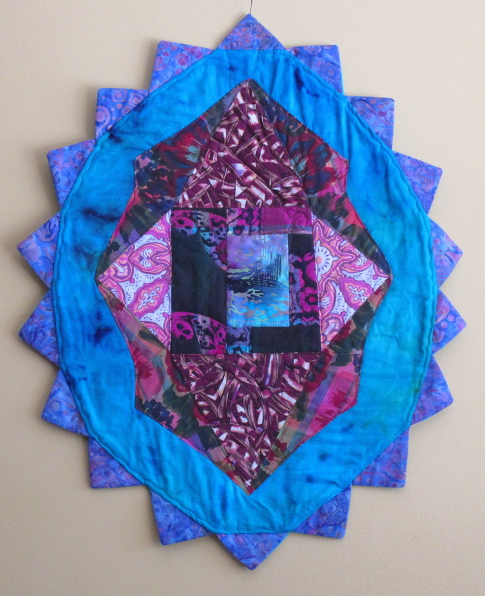 """Dreamland Star Medallion table mat or wallhanging 19""""x24"""""""