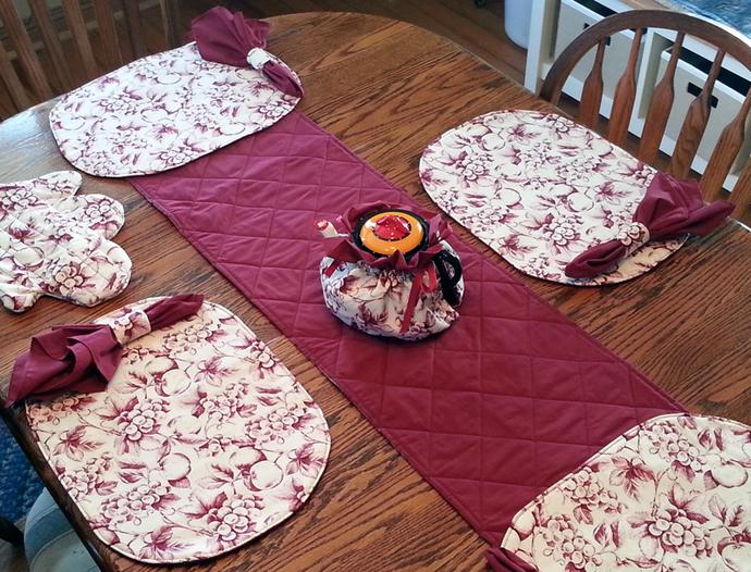 Matching Dining Gift Set - Reversible Burgundy and Fruit Pattern