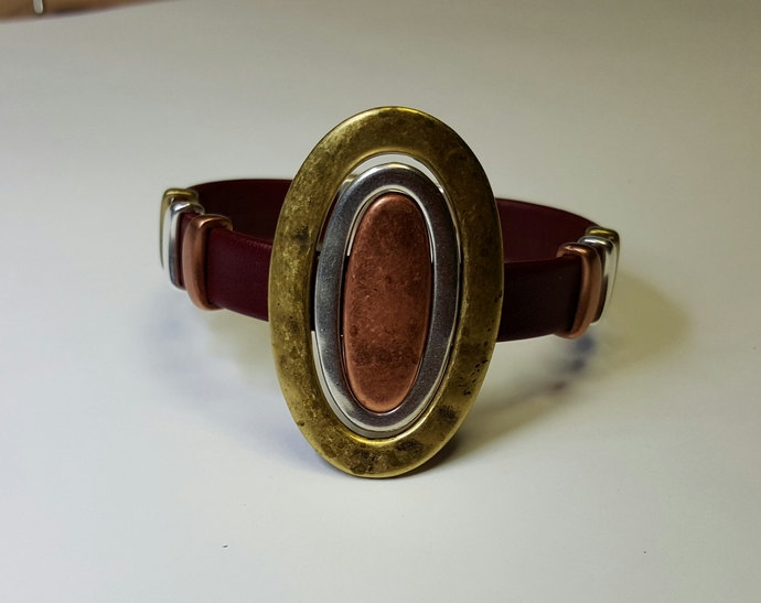 Flat Leather Bracelet, Item #2403