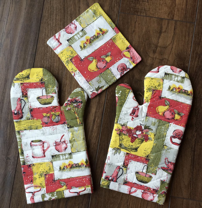 oven mitts kitchen hot pads vintage fabric handmade oven mitt repurposed - Kitchen Hot Pads