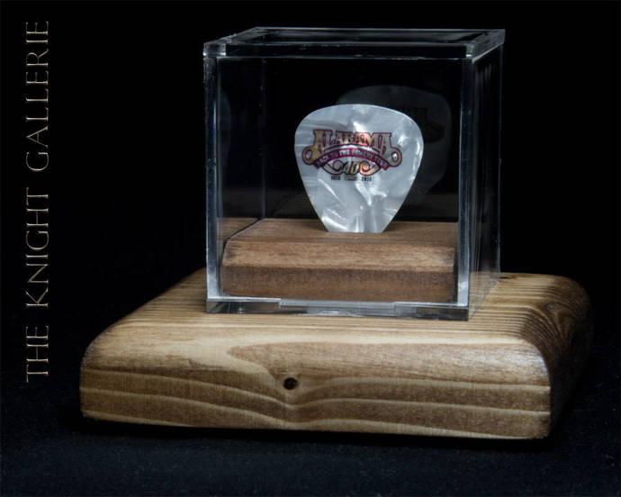 ALABAMA: authentic guitar pick and display case