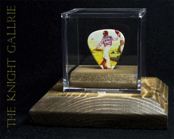Elton John: commemorative guitar pick and display case