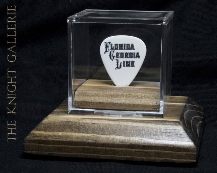Florida Georgia Line: commemorative guitar pick and display case