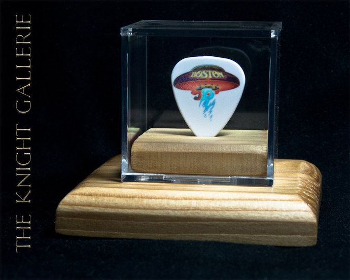 BOSTON: commemorative guitar pick and display case