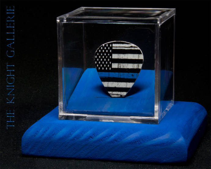 Support our police!: guitar pick and display case