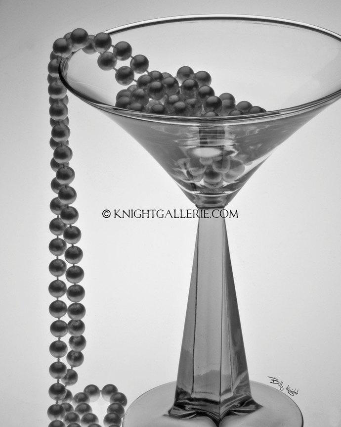 Macro Photography: How Many Shades of Gray???
