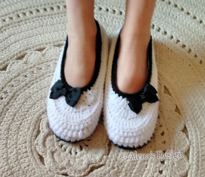 Women's Slippers Amy Crochet Pattern 074 Crochet Slippers Pattern  Flower