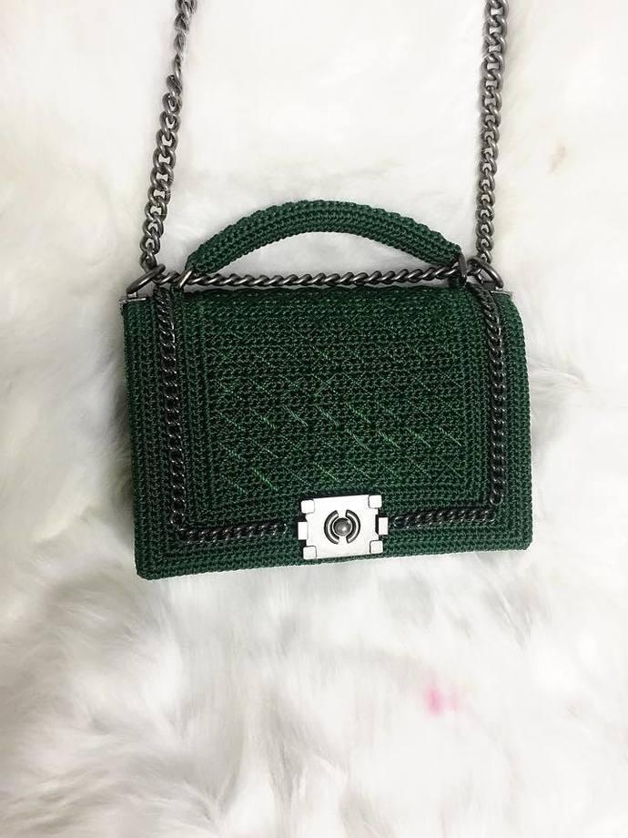 Elegant crochet crossbody bag