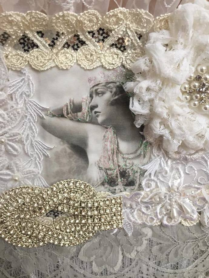 Roaring 20s Glam Wall Hanging