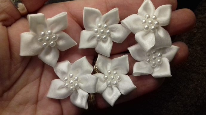 1 x Stunning Satin Ribbon Star Flower