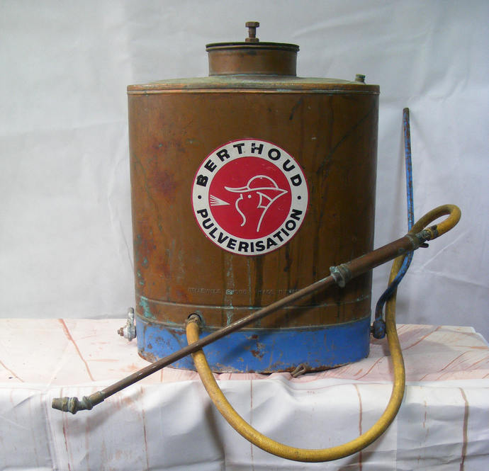 Original Antique Copper Vineyard Sprayer knapsack Berthoud collectable,