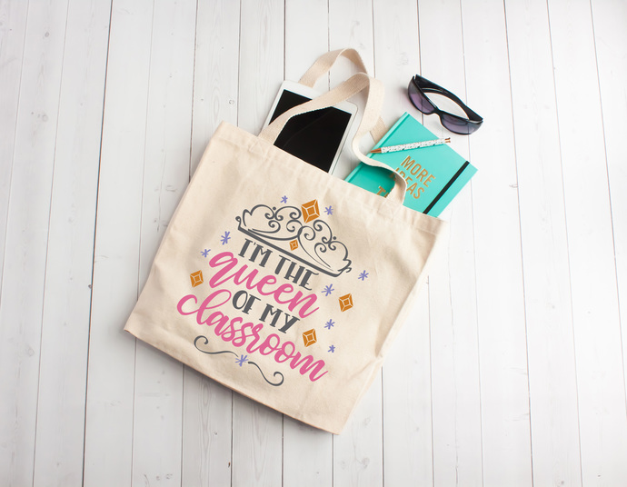 Queen of my classroom, teacher life, teacher appreciation gifts, Custom  tote bags, unique teachers gift ideas, cotton book bag