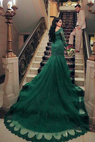 Elegant Long Sleeves V-neck Green Lace Mermaid Prom Dresses 2018