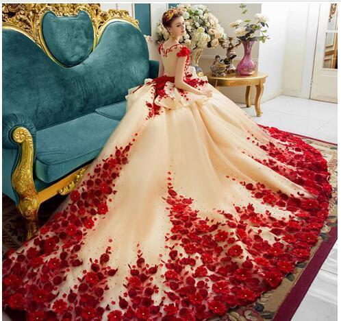 Red Romantic Princess Wedding Gowns Floral Appliques Cap Sleeve Bridal Dresses