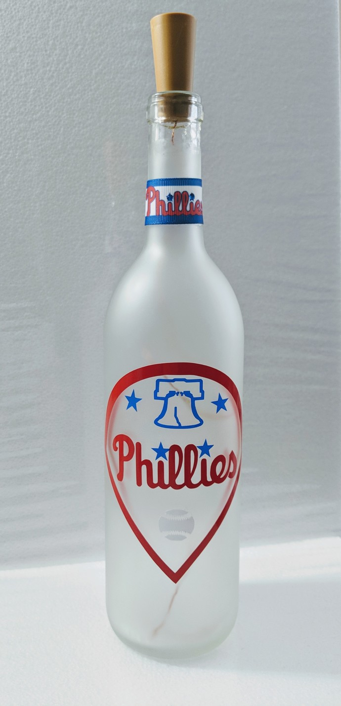 Phillies light bottle.