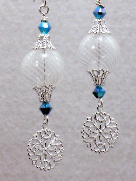 Snowy Delight Earrings