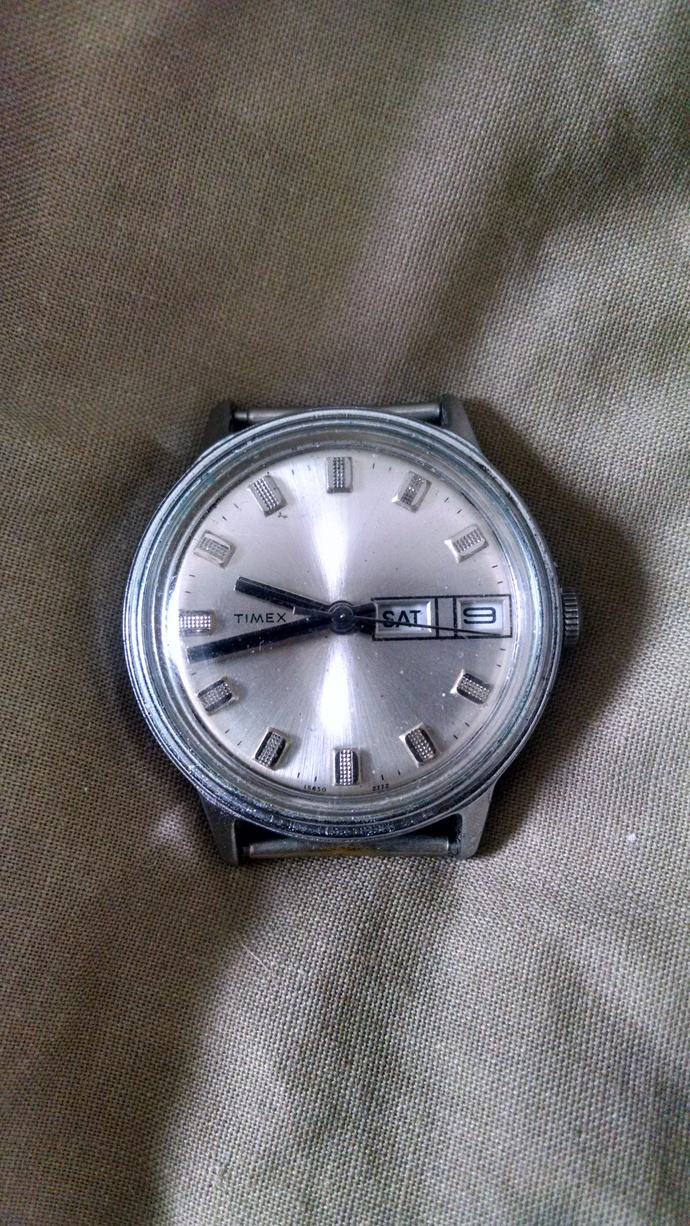 Vintage Timex Mechanical Wind up Clock face with Date and Time