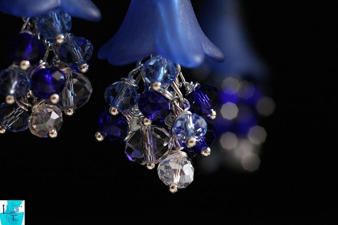 Springtime..The Blue Crystal Dangle Pendant and Earrings Set