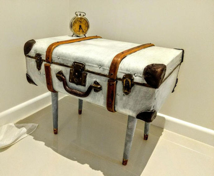 Antique Suitcase Table Old Suitcase Vintage Suitcase Vintage Decoration Old