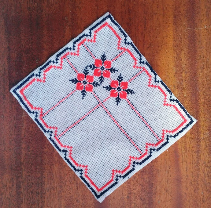 Embroidered napkins with a cross. These beautifully hand-sewn new napkins with a