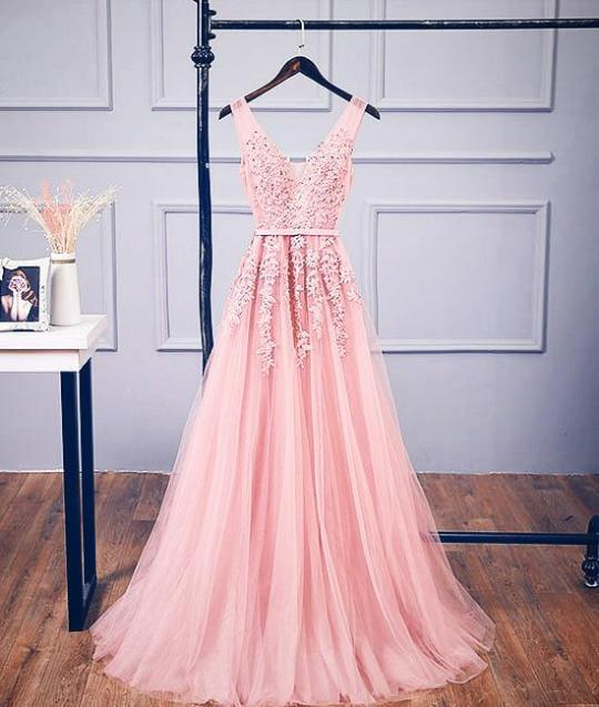 Charming Prom Dress,Appliques Prom Gown,V-Neck Prom Dress,Tulle Prom Gown 811
