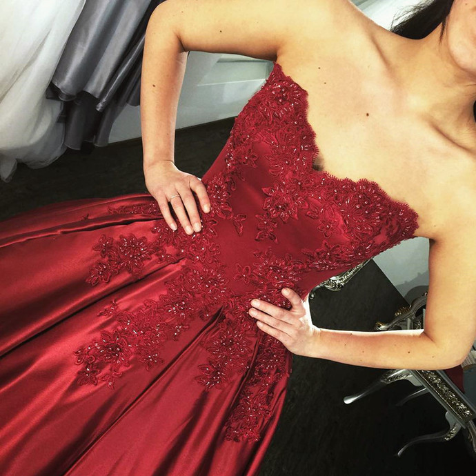 burgundy prom dress,wine red ball gowns,prom gowns 2018,ball gowns quinceanera