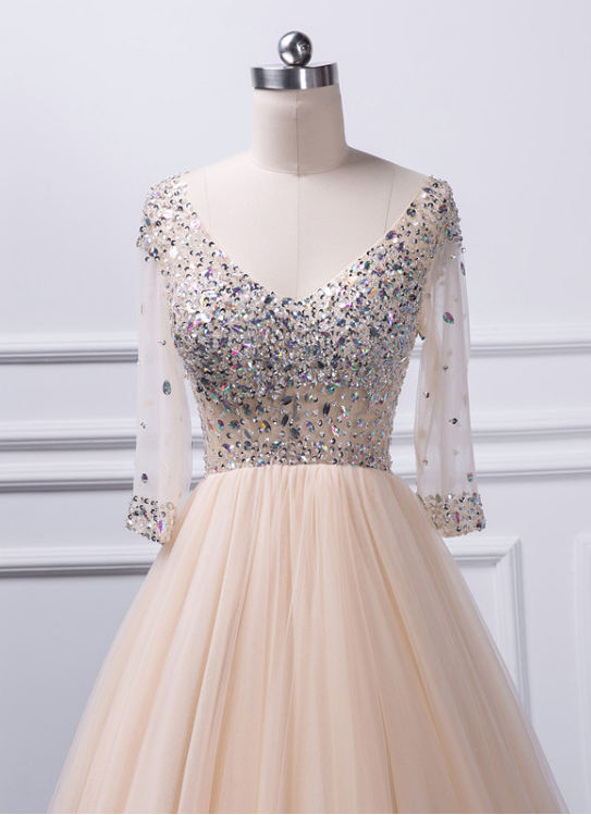 Charming A-line V-neck beaded top Tulle Prom Dress 2018