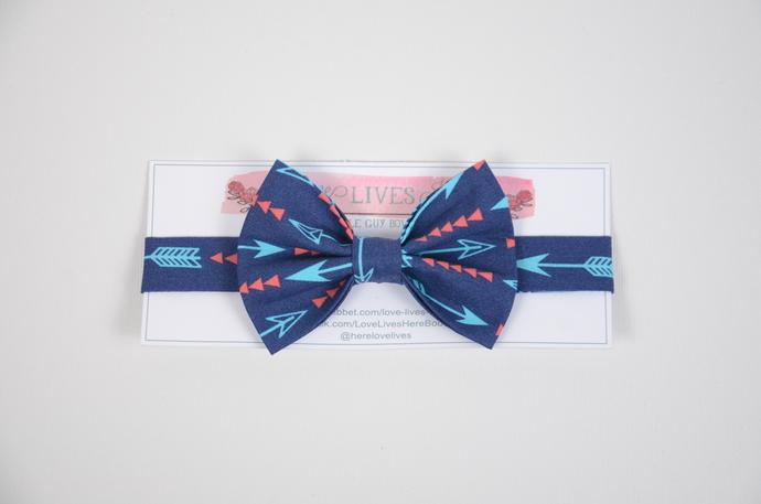 Little Guy Bow Tie - Arrows on Navy