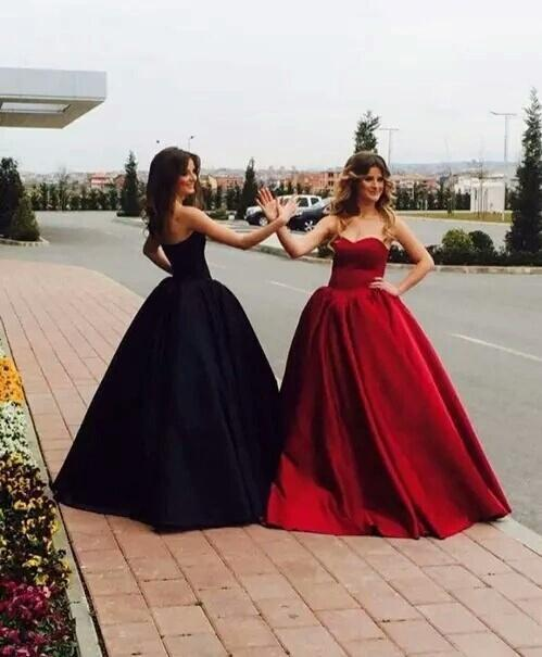 2d203604e16fb 2018 Ball Gown Prom Dresses Sweetheart Burgundy Dark Navy Long Chic Prom