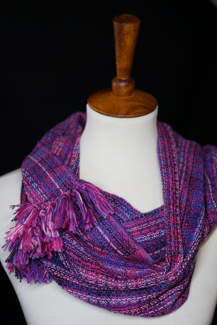 Fringed Cowl with Variegated Tencel Weft