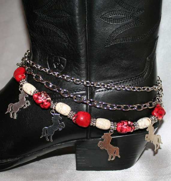 Cowgirl Western Boot Bling Bracelet, Chunky White Turquoise Red Magnesite Bead