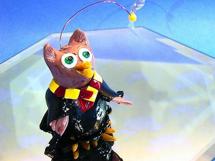 Gryffindor Owl- Harry Potter and snitch-->an ooak miniature figure