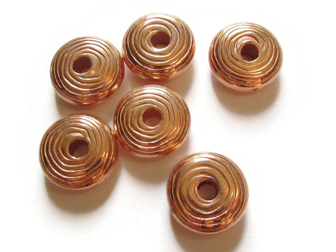 6 20mm Saucer Beads Round Disc Beads Vintage Red Copper Plated Plastic Bead