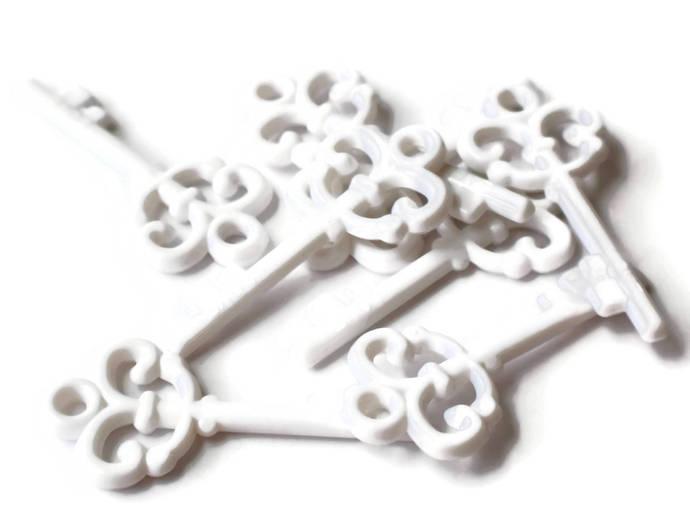 8 White Key Plastic Key Skeleton Key Charm Beading Supplies Keys White Pendant
