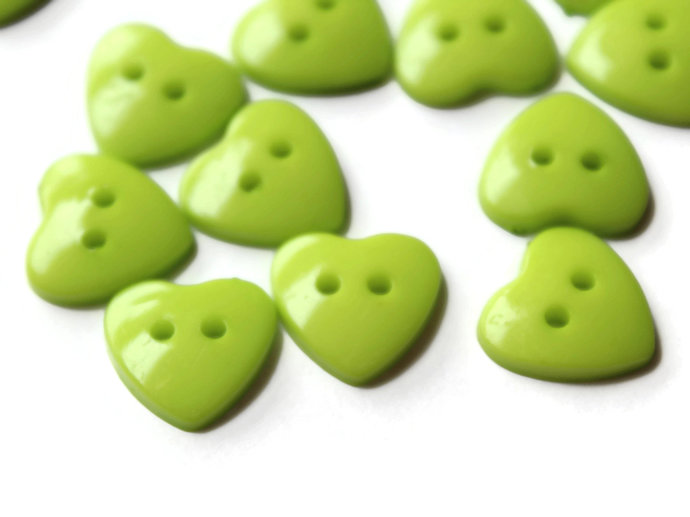 30 14mm Lime Green Heart Buttons Plastic Buttons Acrylic Buttons Love Buttons