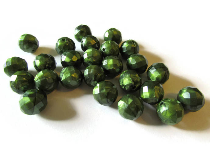 55 10mm Faceted Round Beads Green Beads Plastic Beads Jewelry Making Beading