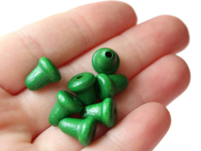 20 Green Wooden Bell Beads 11mm Wood End Beads Vintage Macrame Beads Jewelry